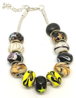 Bumble Bee Glass Bead Bracelet