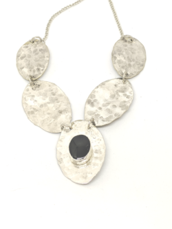 Five Spoon Onyx Collar
